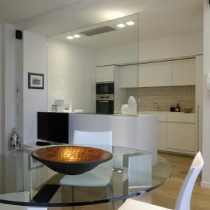 1-interior-design-miniappartamento-Porro-table